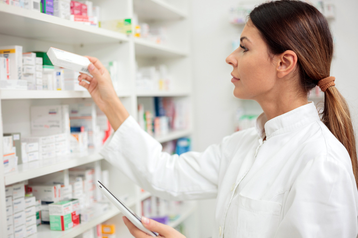 KLC College's pharmacy assistant courses teaches students about pharmacy management and inventory